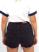 Load image into Gallery viewer, Vintage 90s Black Denim High-Waist Cut-Off Shorts -- Size 29