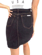 Load image into Gallery viewer, Vintage 90s Black High-Waist Denim Pencil Skirt -- Size 26