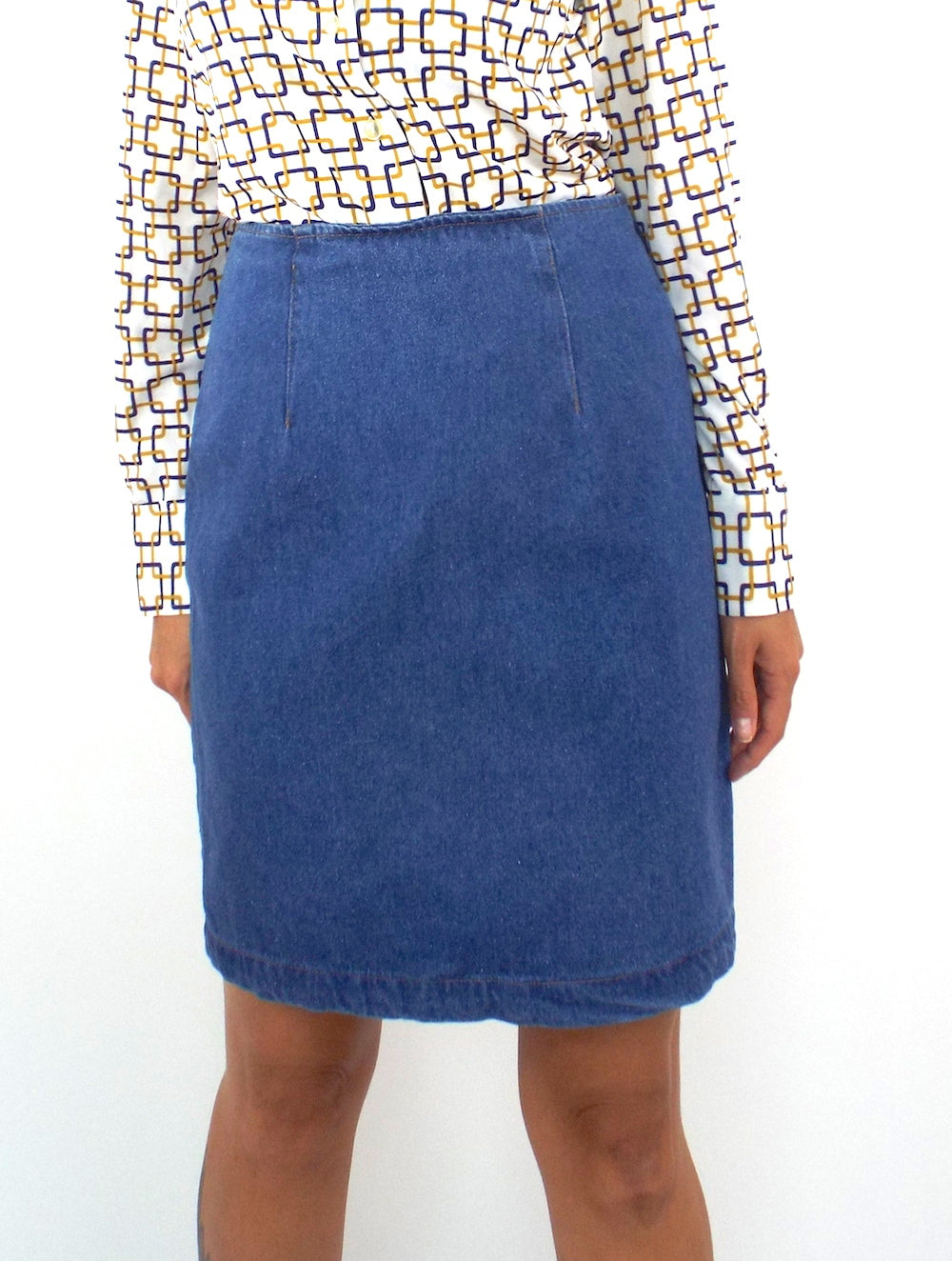 Vintage 90s High-Waist Denim Pencil Skirt-- Size 28