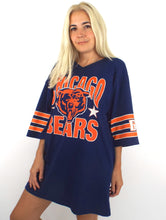 Load image into Gallery viewer, Vintage 80s Oversized Chicago Bears Striped Sleeve Tee