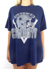 Load image into Gallery viewer, Vintage 90s Oversized Navy Blue Dallas Cowboys Tee