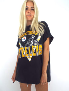 Vintage 90s Oversized Pittsburgh Steelers Tee