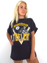 Load image into Gallery viewer, Vintage 90s Oversized Pittsburgh Steelers Tee