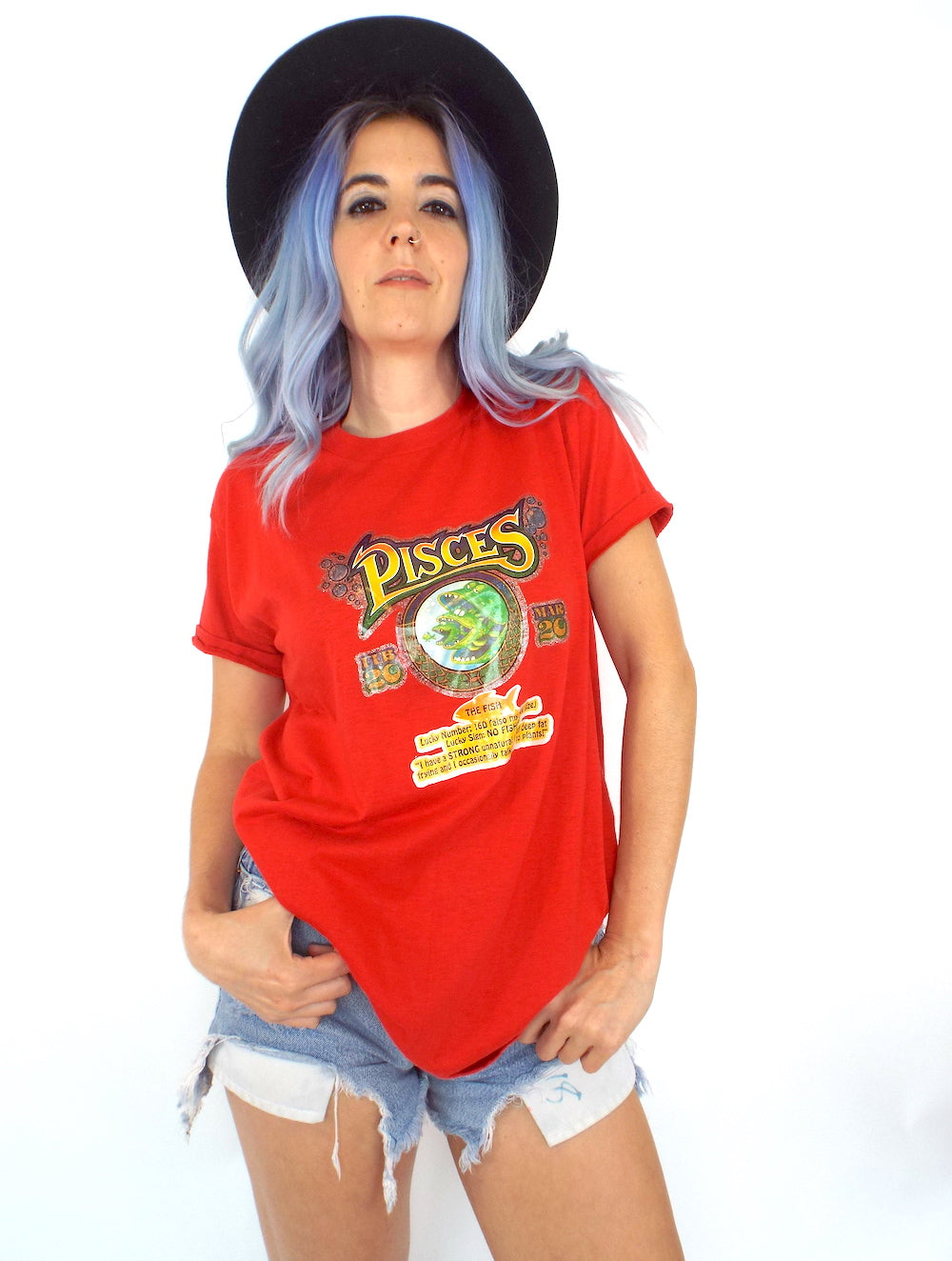 Vintage 70s Funny Red Pisces Zodiac Sign Tee
