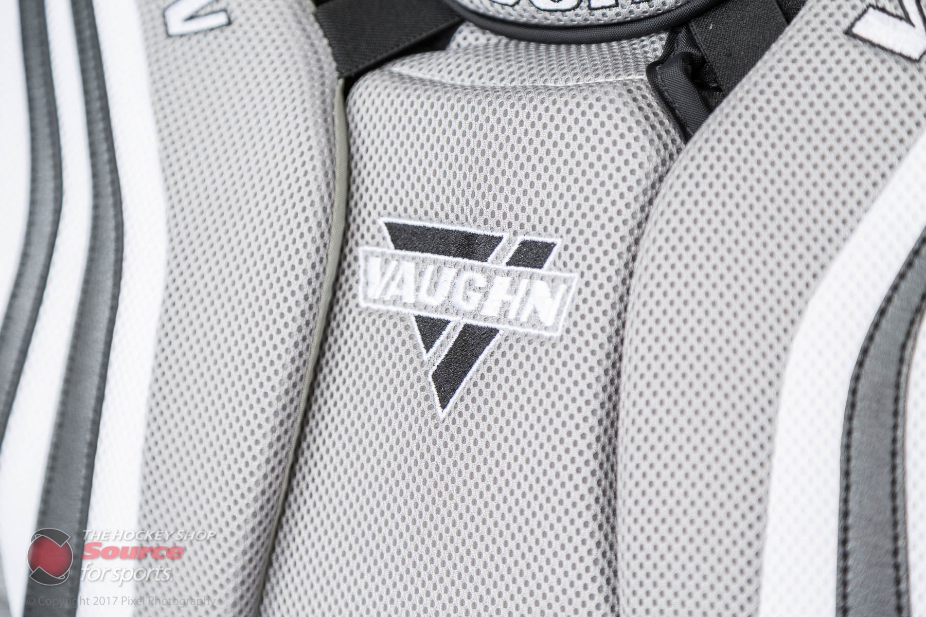 https://cdn.shopify.com/s/files/1/0020/1585/4658/files/THS-Vaughn-Ventus-chest-17-0240.jpg?8236030931121589751