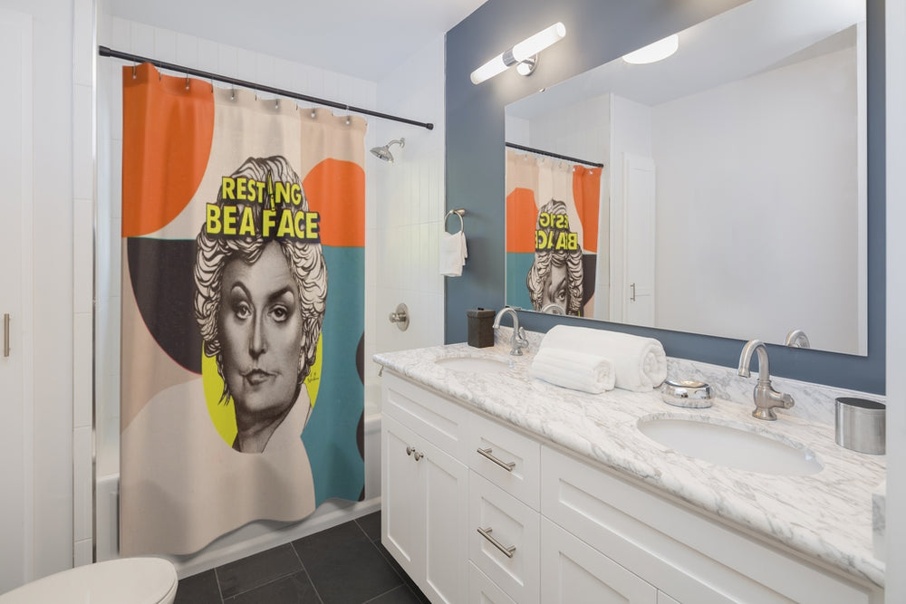 RESTING BEA FACE - Shower Curtains