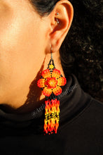 Load image into Gallery viewer, Los aretitos earrings