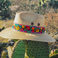 Load image into Gallery viewer, Sombrero Flores