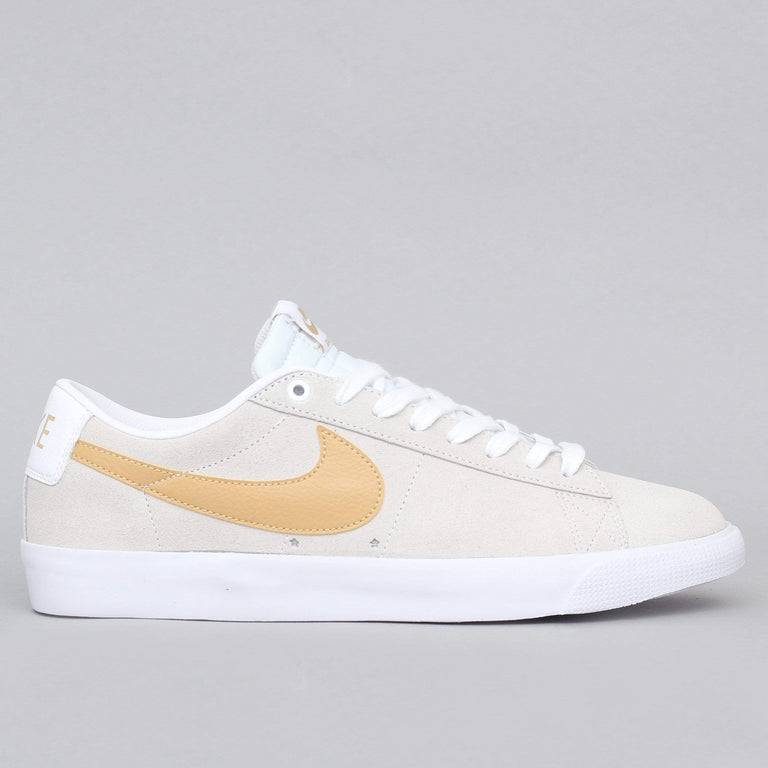 Nike SB Blazer Low GT Shoes White / Club Gold - White - Light Thistle