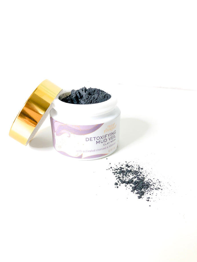 Detoxifying Mud Veil Face Mask