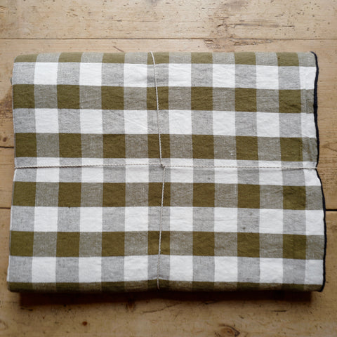 Checkerboard Tablecloth (Khaki)