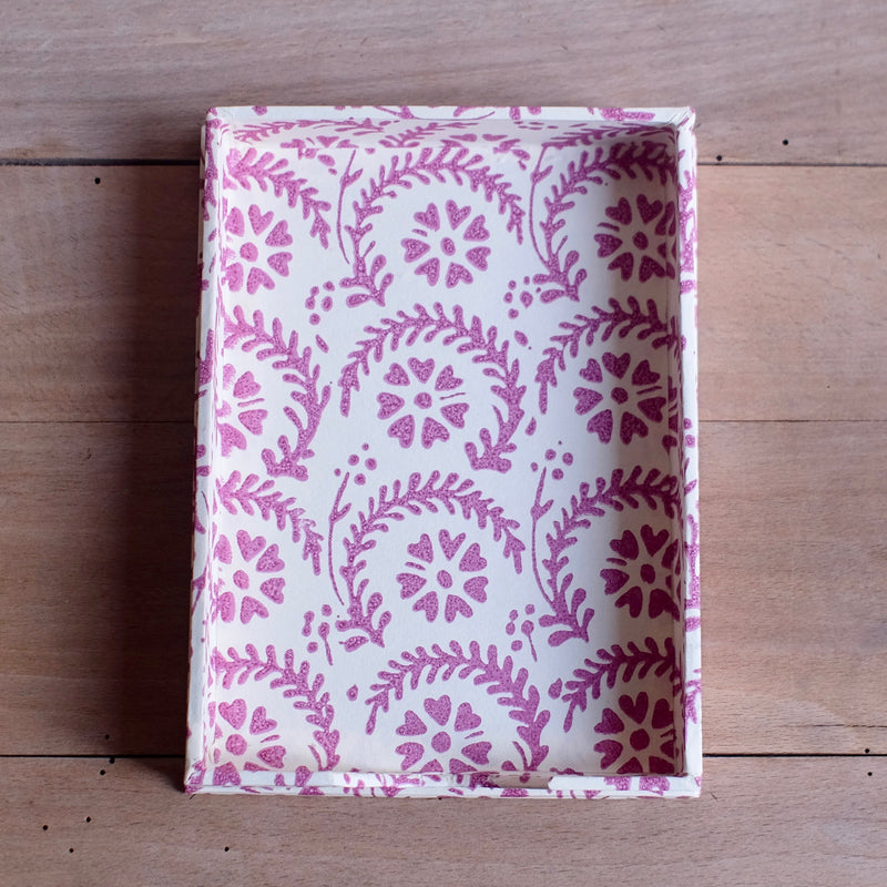 Note Holder, Purple Heart Flower