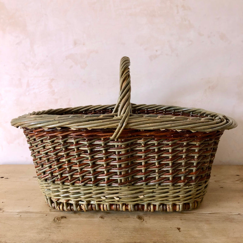 Oval Hand Woven English Willow Basket with Handle, Large