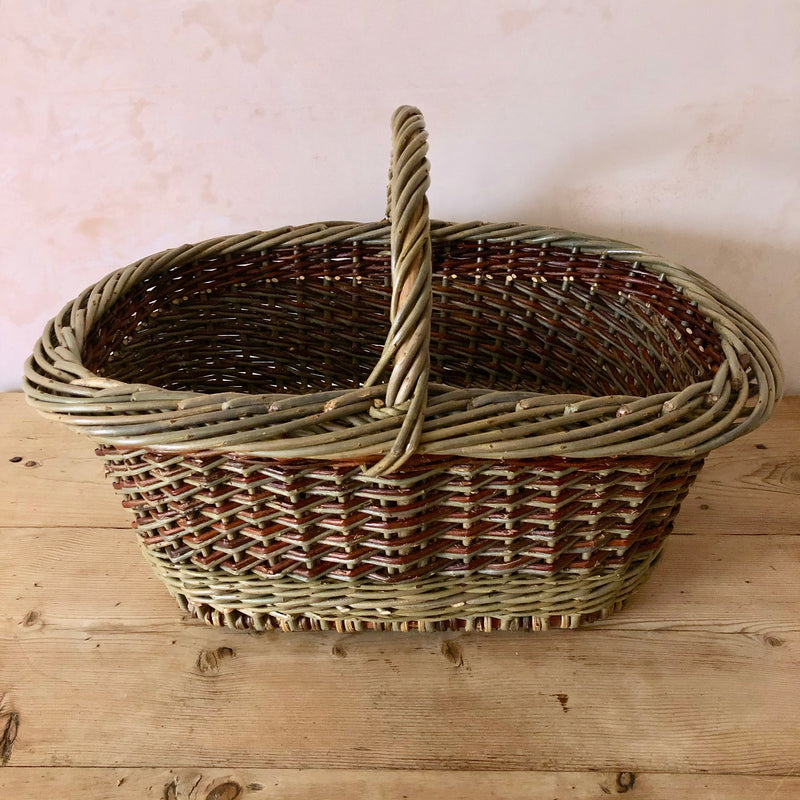 Oval Hand Woven English Willow Basket With Handle Large