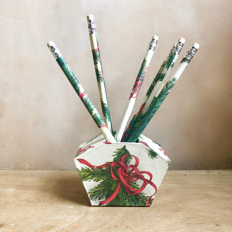Pencil Well, Christmas Collection