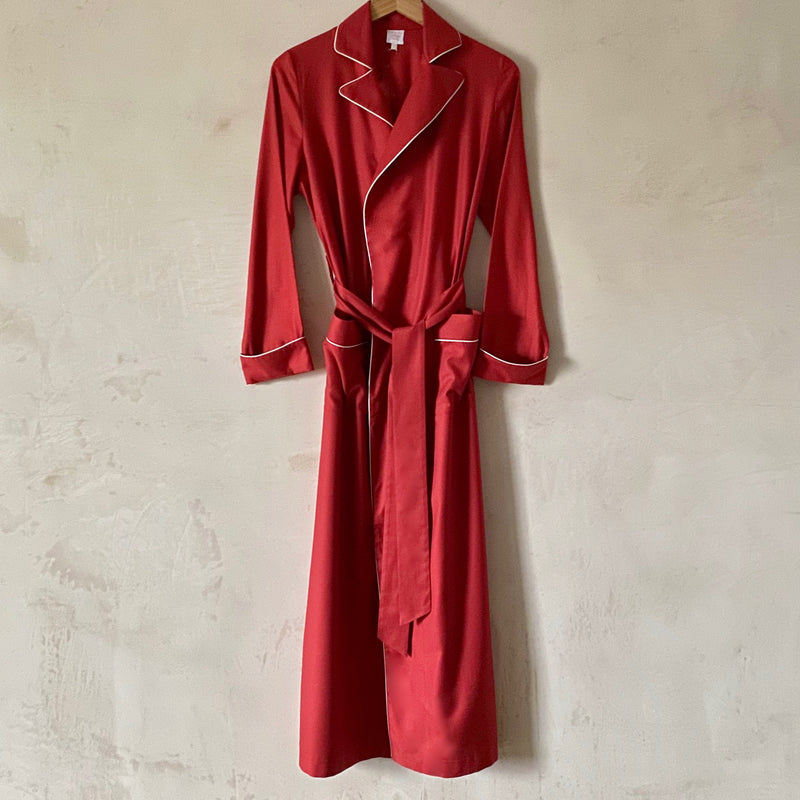 """Boyfriend"" Flannel Robe (Red with Cream Piping)"