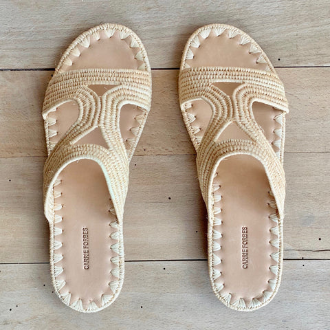 Moha Slides, Natural Raffia
