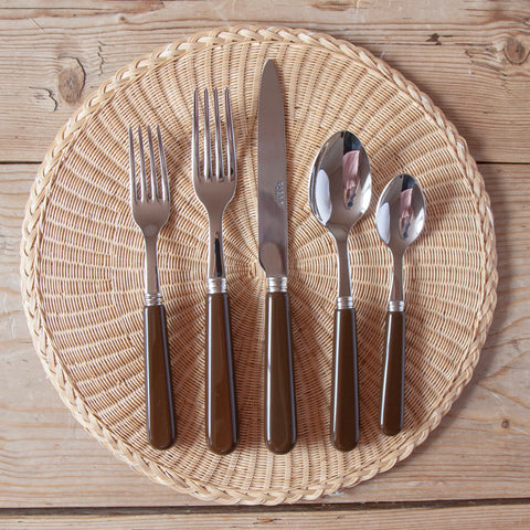 Classic Brown Cutlery, 5 Piece Set