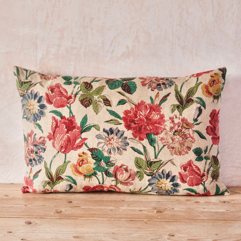 Early 20th Century English Linen Cushion