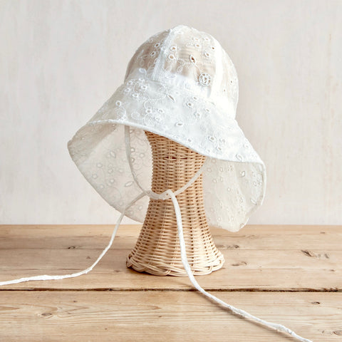 Julianne Broderie Anglaise Rain Hat