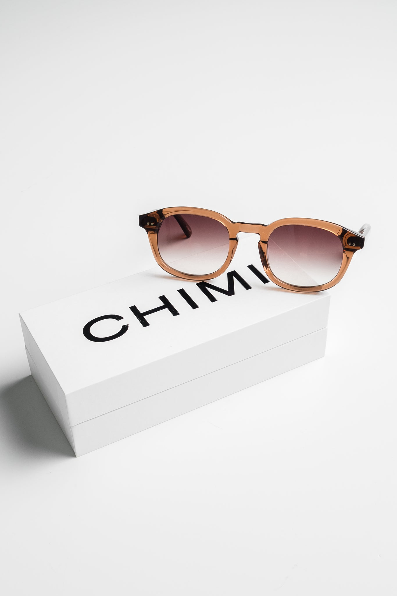 CHiMi Extended collection aurinkolasit - #102 brown