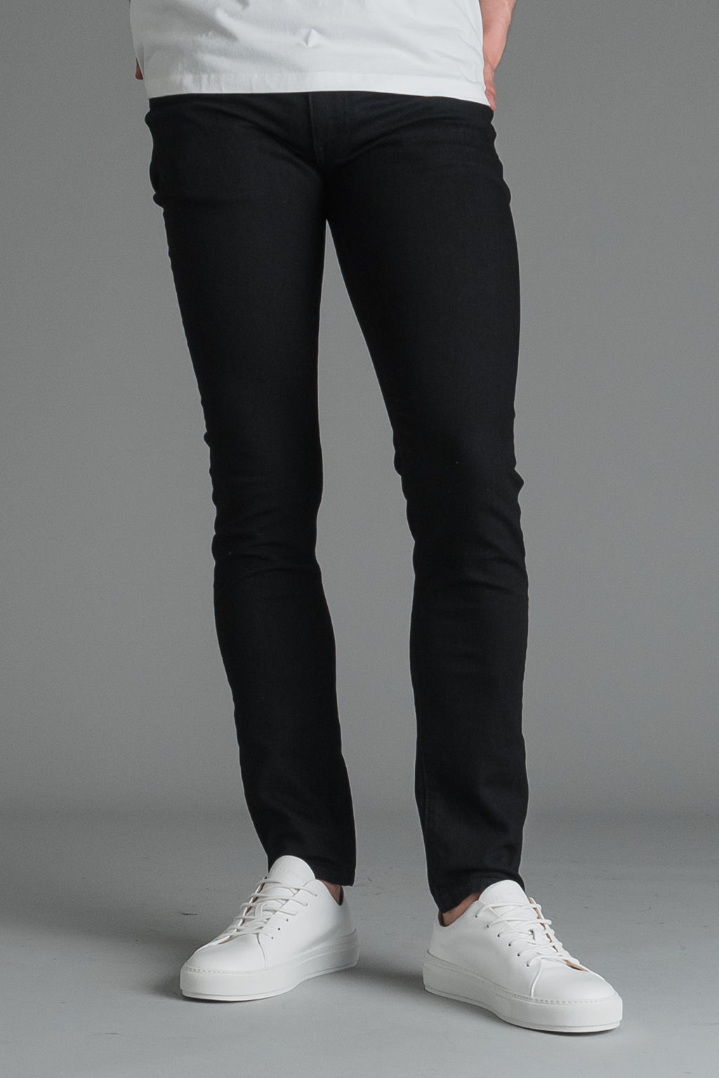 Levi's 519 Extreme Skinny fit miesten farkut - Cleaner black