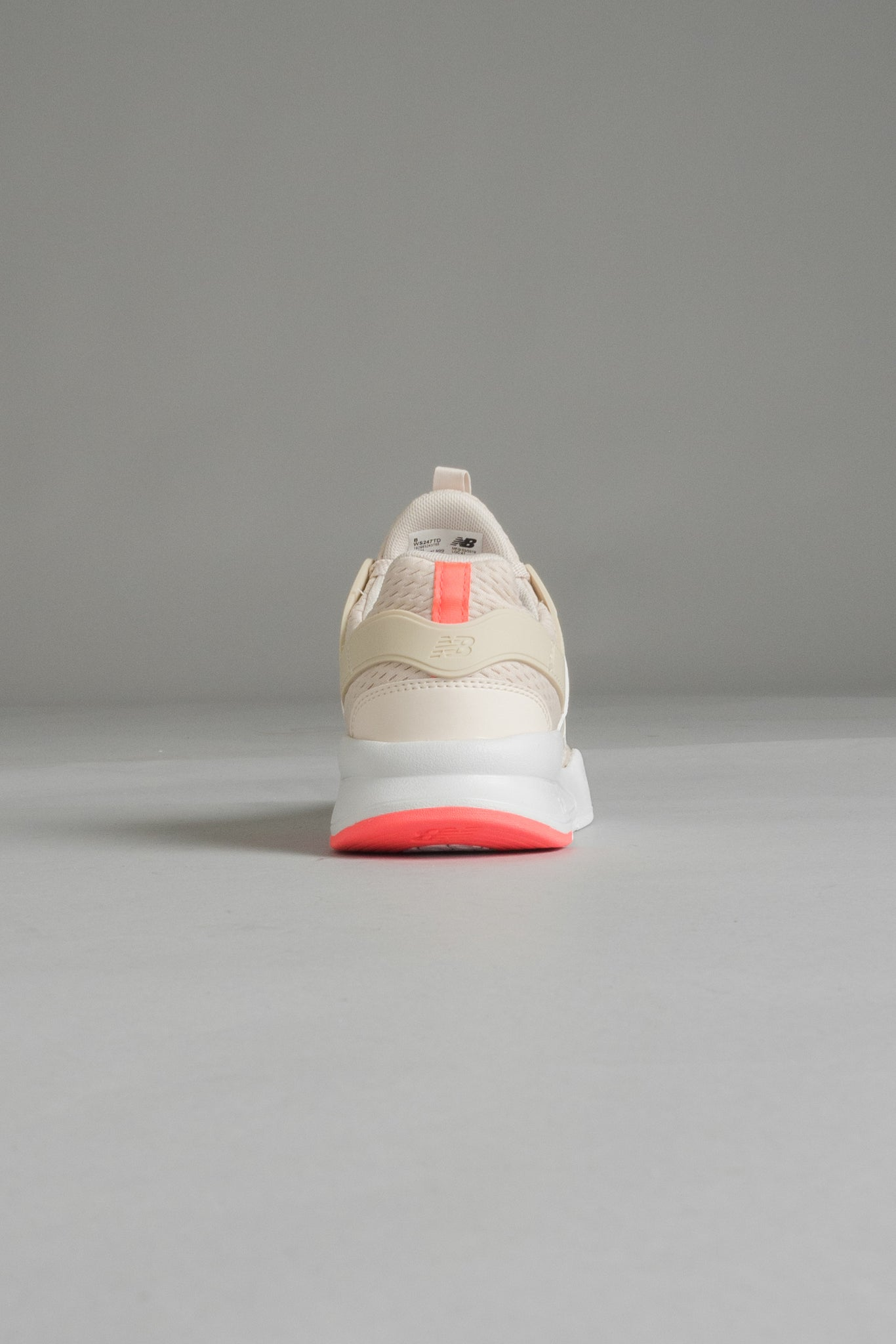 "New Balance 247 TD naisten sneakerit - nude I INCH"" Tampere"