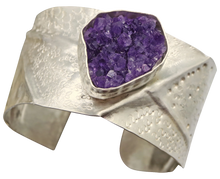 Load image into Gallery viewer, jewelry lover amethyst geode cuff bracelet