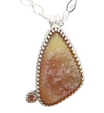 Load image into Gallery viewer, Drusy quartz pendant Desert sands