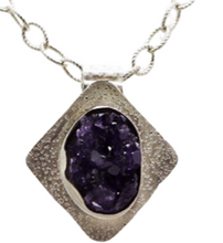 Load image into Gallery viewer, amethyst geode pendant