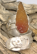 Load image into Gallery viewer, desert sands caramel colored druzy quartz gem ring