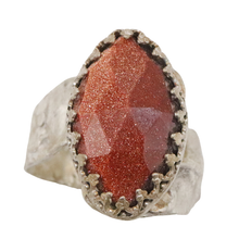 Load image into Gallery viewer, goldstone gemstone ring