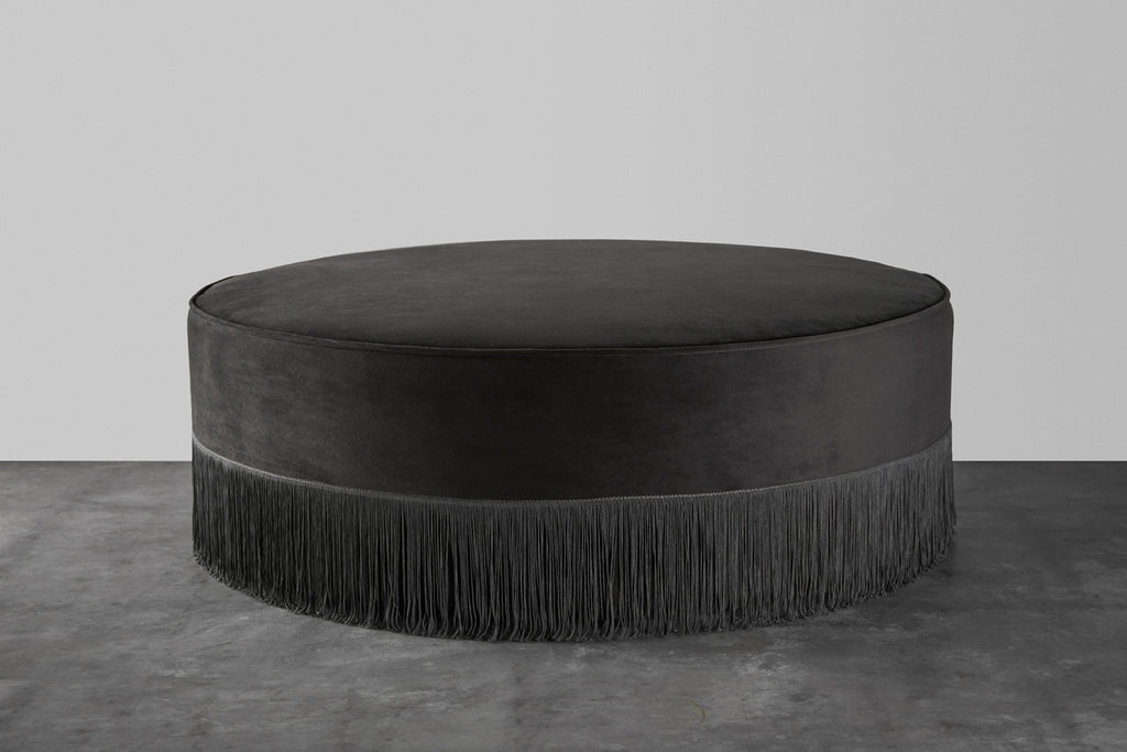 Low fringe pouf