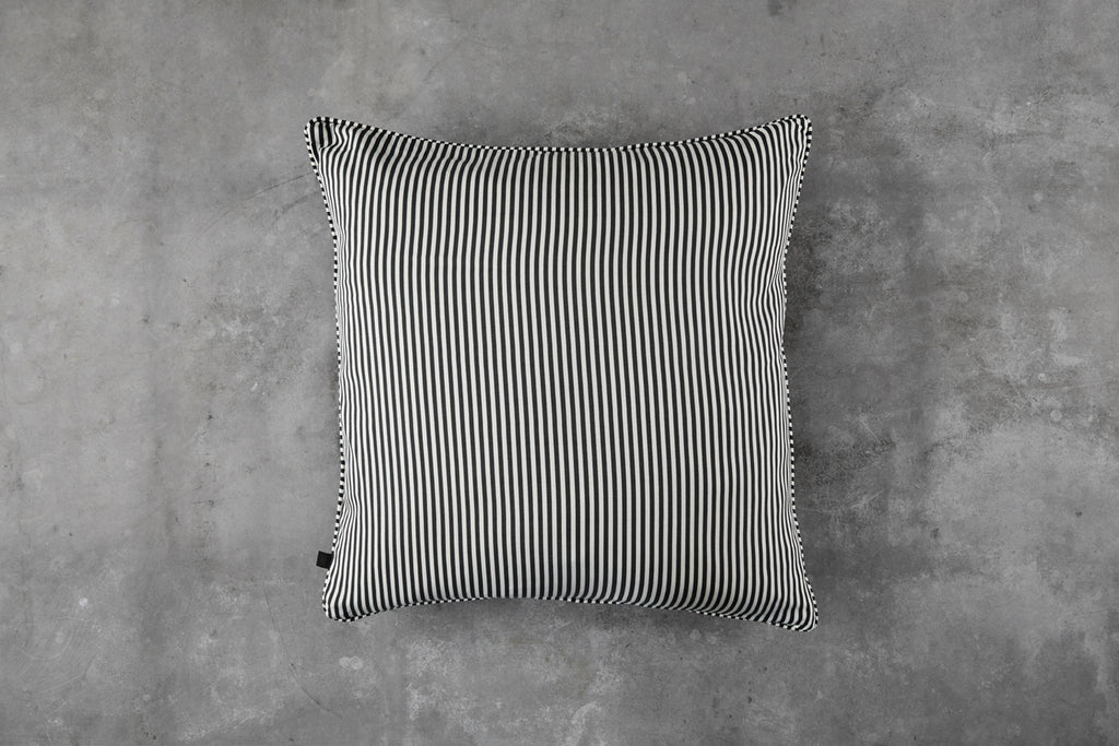 Signature stripe cushion - Leave