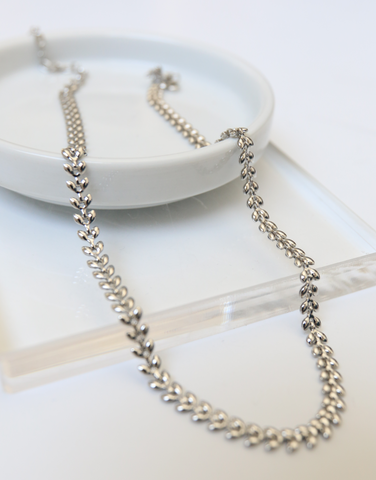 Artemis Chain Necklace
