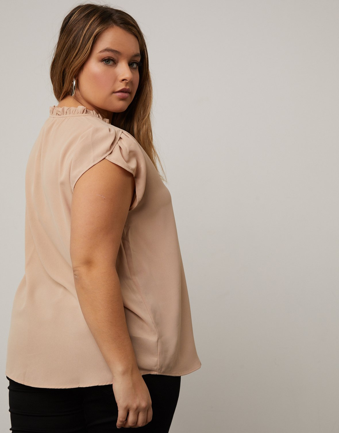 Curve Capped Sleeve Blouse