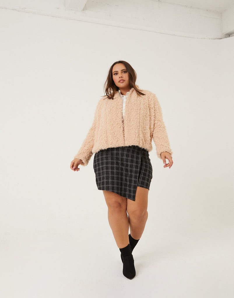 Curve Checkered Patterned Skort