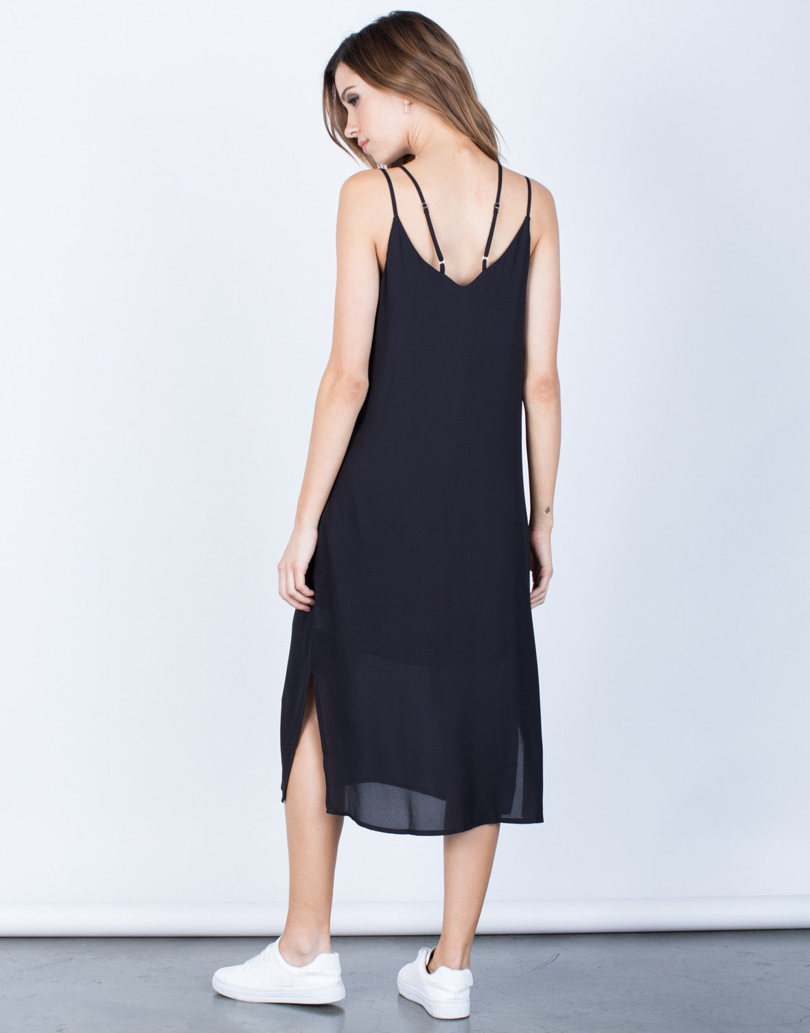 Back View of Strappy V-Neck Midi Dress