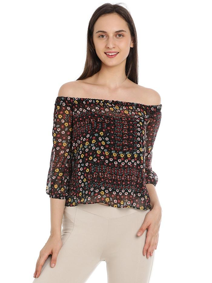 Theresa Off-shoulder Top