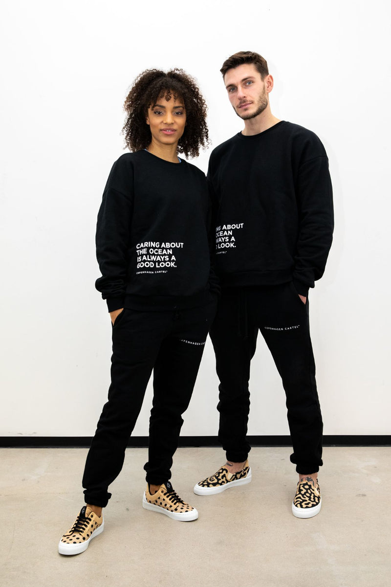 Unisex Earth sweatshirt - Nero