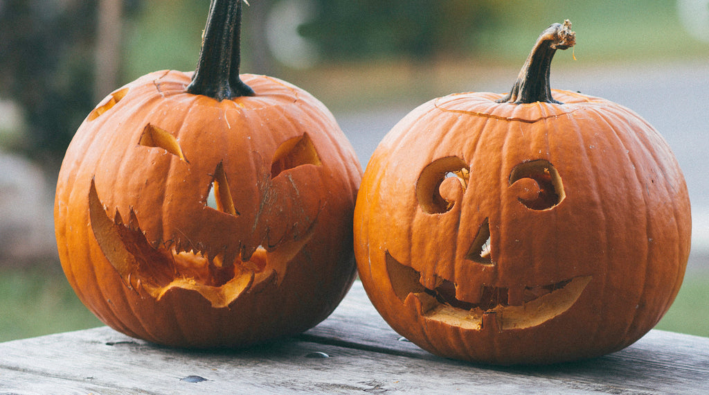 How to have a safe halloween in 2020 image of pumpkin carving for halloween