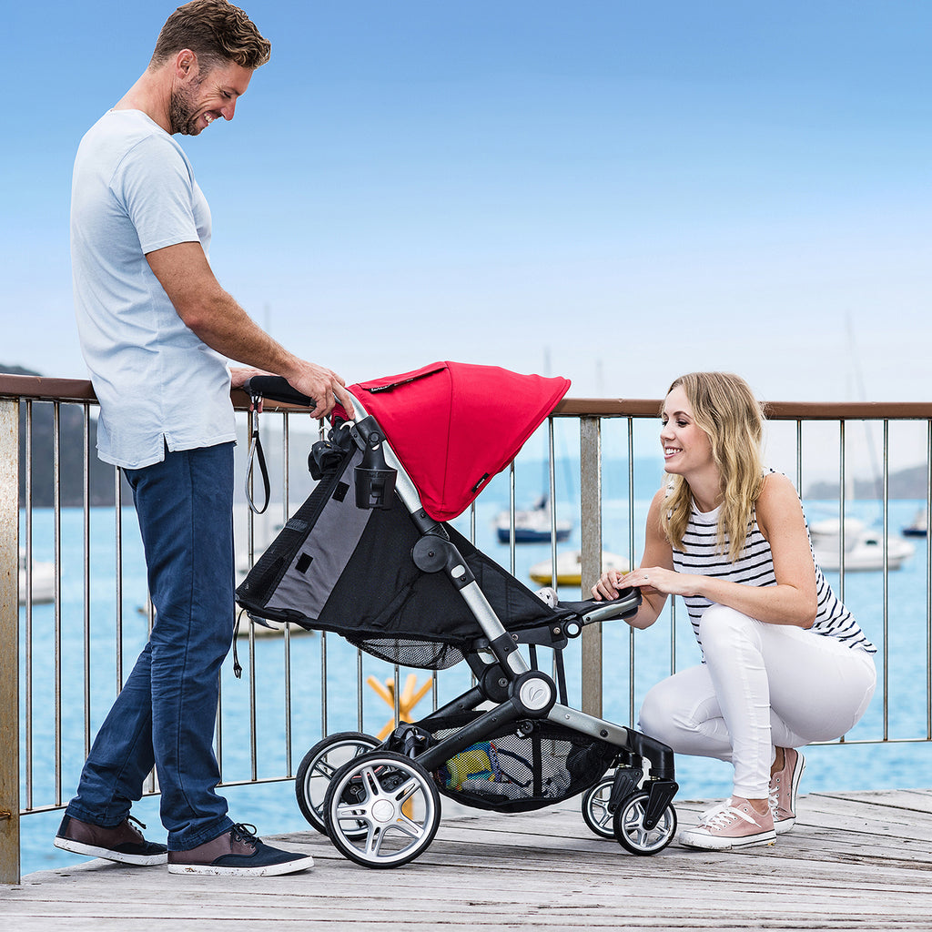 larktale coast stroller, use from birth to 55 lbs