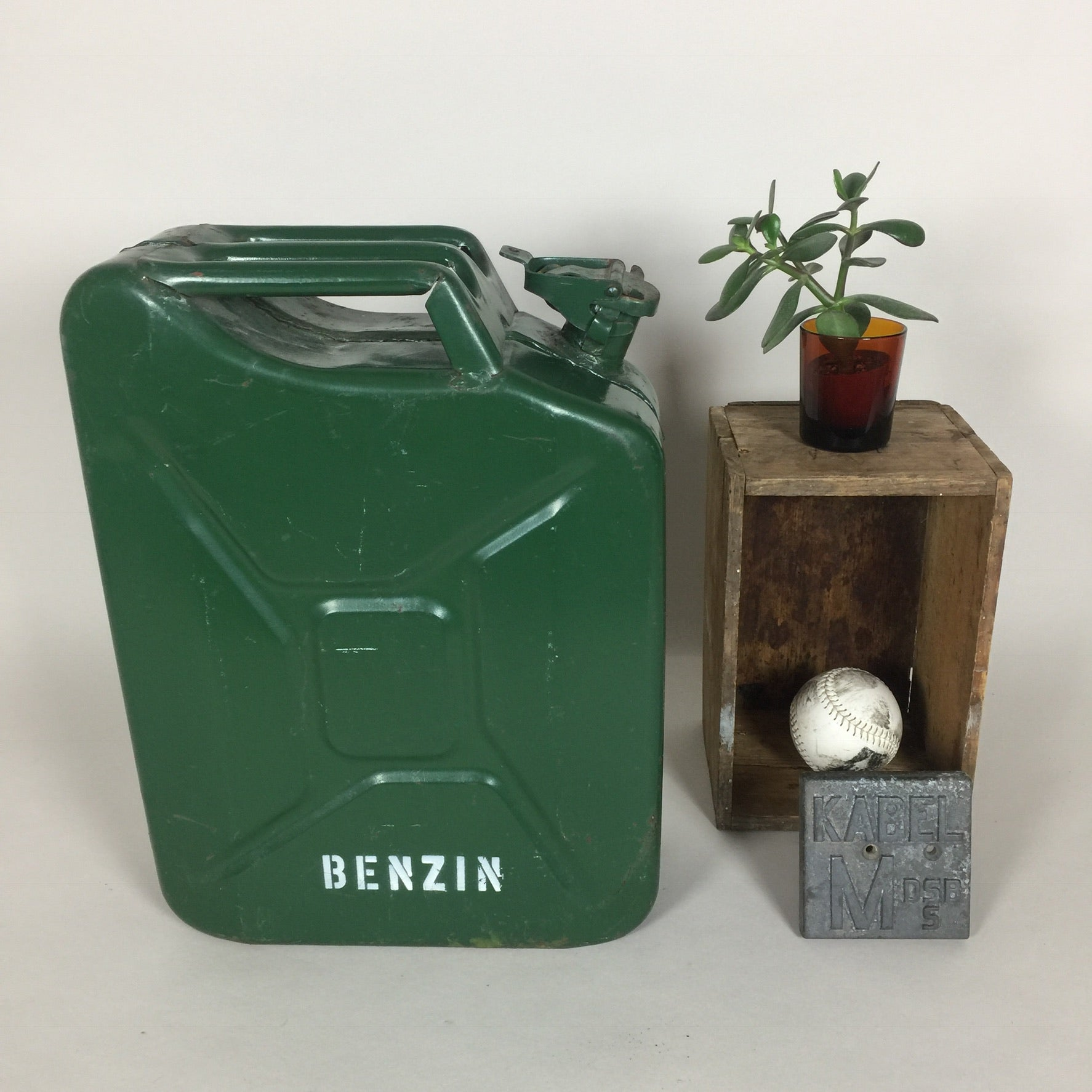 Jerry Can benzindunk.