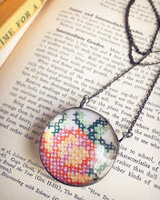 Load image into Gallery viewer, Embroidery Necklace