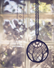 Load image into Gallery viewer, Tatting Necklace