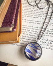 Load image into Gallery viewer, Bachelor Button Necklace