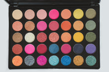 35T Eye Shadow Palette