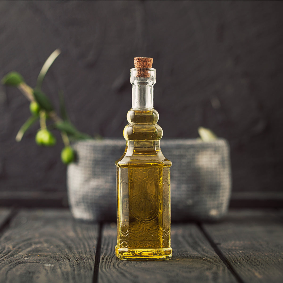 10 Everyday Hacks for Olive Oil