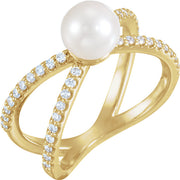 Accented Negative Space Pearl Ring