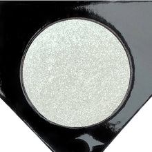 Shine Bright Highlighter - MELTED PEARL - Love Luxe Beauty